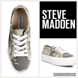 Steve Madden Emmi Platform Sneaker {Camo} 7.5